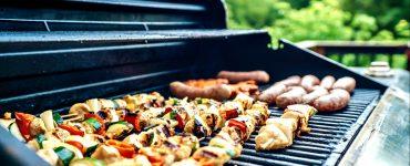 Les champions de France de la grillade sortent leur barbecue