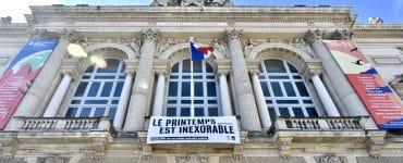 Montpellier : des banderoles géantes pour soutenir la culture !