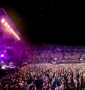 Les arènes de Nîmes vont chanter tout l'été !