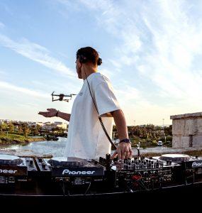 Palavas : le DJ set de Germain Rojo depuis la tour de Ballestras