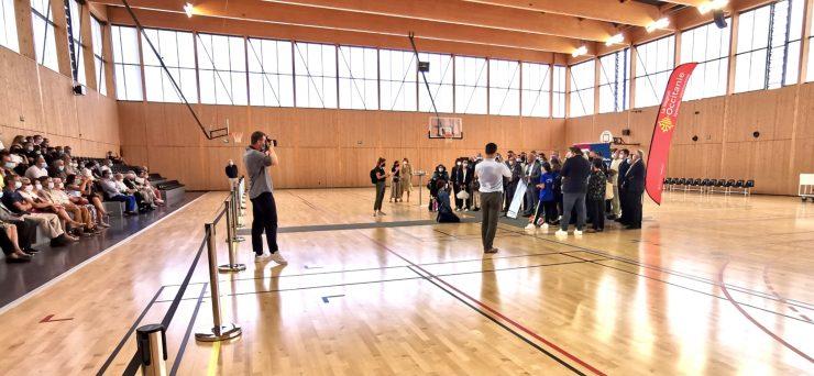 Castelnau : le palais des sports pousse les mûrs !
