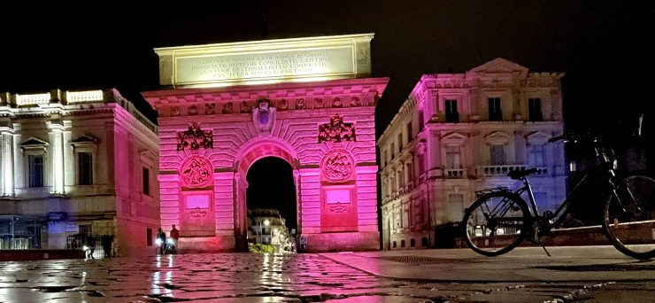 Montpellier by night pour Octobre Rose